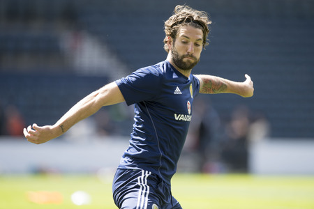 Scotland v England: Charlie Mulgrew desperate to get one over Auld Enemy