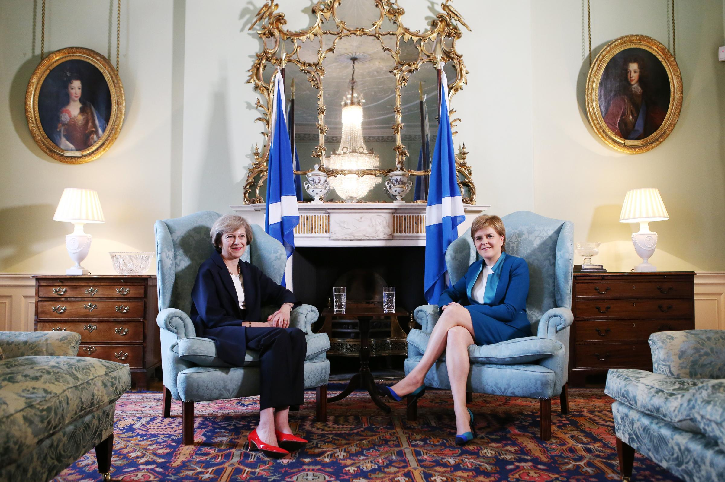 Nicola Sturgeon ups pressure over Brexit negotiations